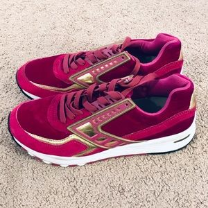 Brooks velvet running shoes